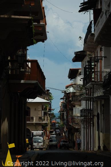 Narrow street, Casco Veijo, Panama City, Panama, balkony, narrow street, ocean