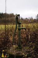 Nissan the pump, Landet, Sweden, pump, hand pump, nissan, autumn