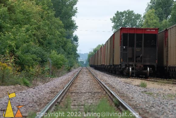 Railroad and railcars, Black Dog, Minneapolis, USA, mirror, railroad, railcar